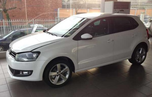 VOLKSWAGEN POLO 1.6 Highline 82 bhp
