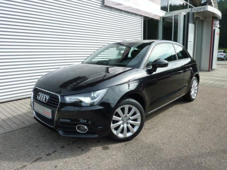 AUDI A1 Attraction 1.6 TDI S tronic