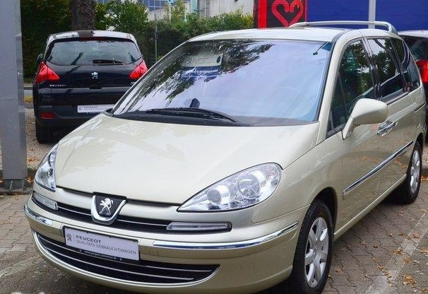 lhd PEUGEOT 807 (05/2013) - GOLDEN WHITE - lieu: