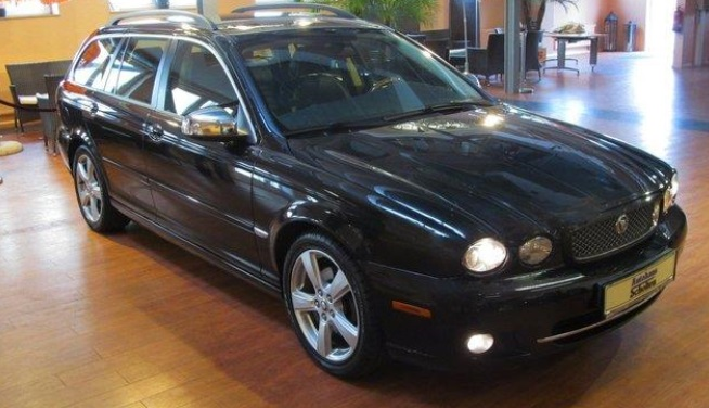 JAGUAR X TYPE 2.2D EXECUTIVE ESTATE