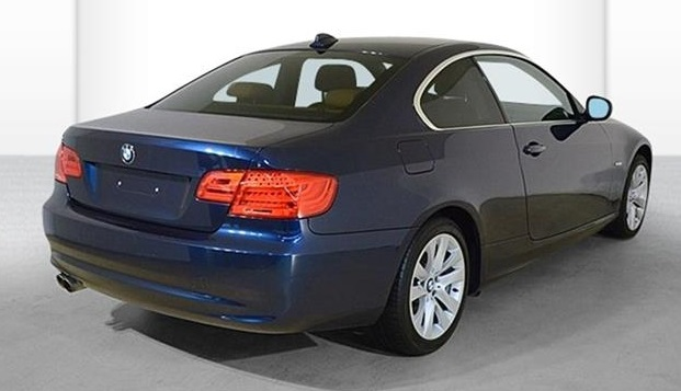 BMW 3 SERIES (07/2011) - BLUE METALLIC - lieu:
