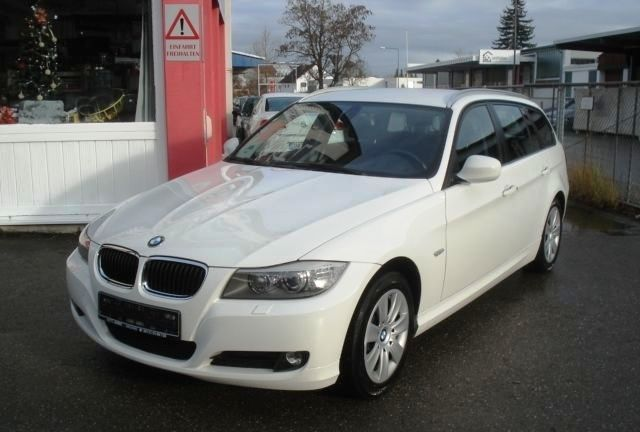 BMW 3 SERIES (11/2010) - WHITE - lieu: