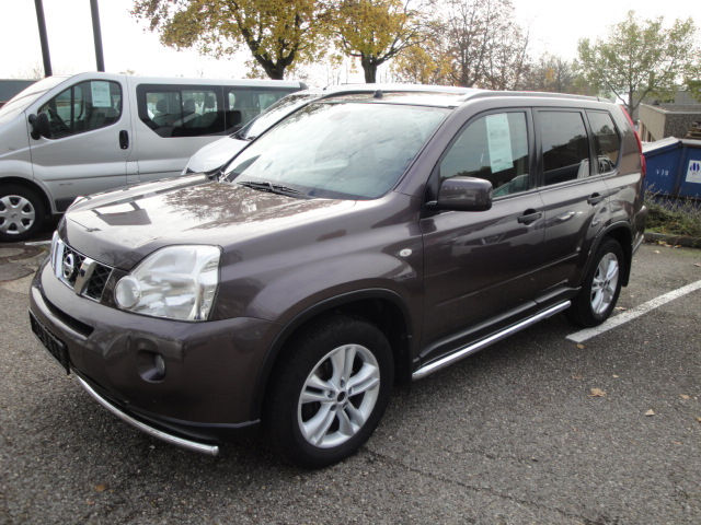 NISSAN X TRAIL (09/2008) - GREY METALLIC - lieu: