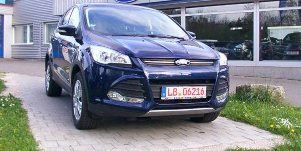 lhd FORD KUGA (06/2013) - BLUE METALLIC - lieu: