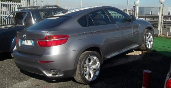 Lhd BMW X6 (11/2009) - GREY METALLIC - lieu: