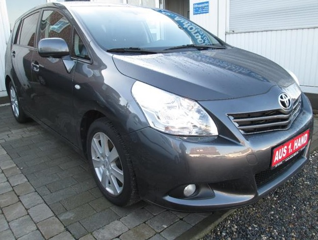 TOYOTA VERSO 2.2 D CAT EXECUTIVE 7 SEATS