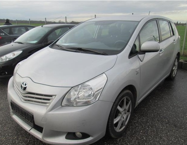 TOYOTA VERSO 2.0 D-4D LIFE AUTOMATIC