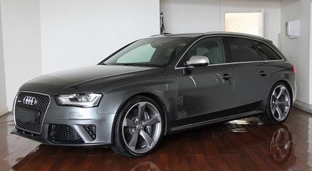 lhd AUDI RS4 (11/2012) - GREY  - lieu: