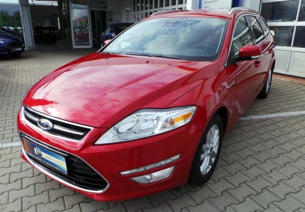 lhd FORD MONDEO (12/2013) - RED - lieu: