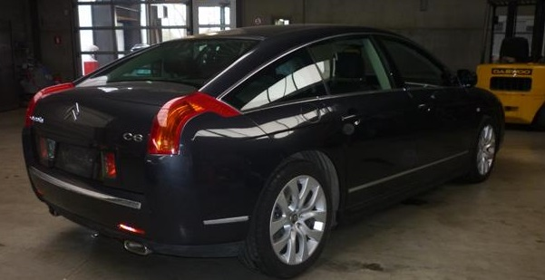 CITROEN C6 (06/2010) - BLACK METALLIC - lieu: