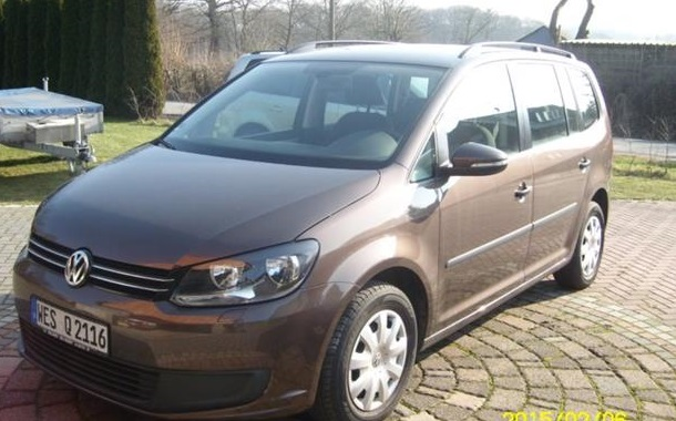 Lhd VOLKSWAGEN TOURAN (02/2011) - BROWN METALLIC - lieu: