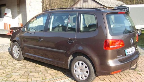 VOLKSWAGEN TOURAN (02/2011) - BROWN METALLIC - lieu: