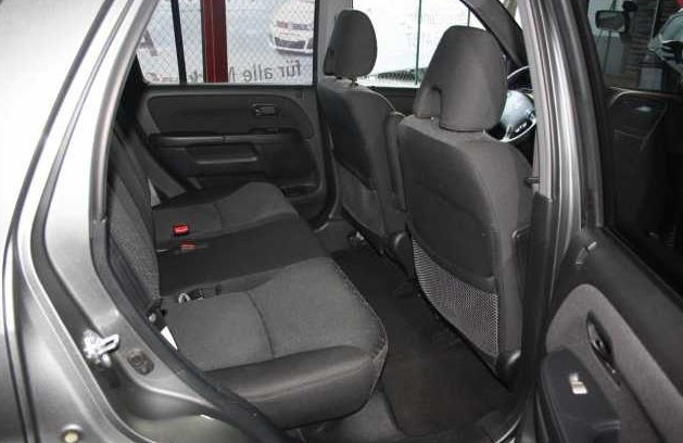 HONDA CR V (05/2006) - GREY METALLIC - lieu: