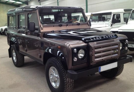 LANDROVER DEFENDER TD 110 SW E 7 SEATS SPECIAL EDITION