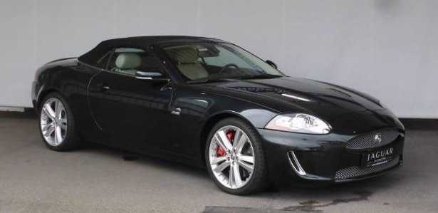 lhd JAGUAR XKR (10/2010) - BOTANICAL GREEN METALLIC - lieu: