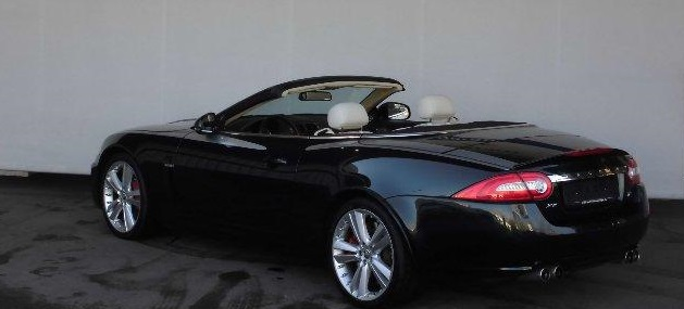JAGUAR XKR (10/2010) - BOTANICAL GREEN METALLIC - lieu: