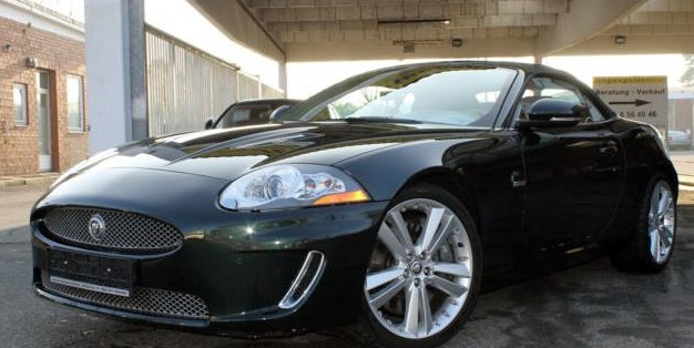 lhd JAGUAR XKR (08/2011) - BOTANICAL GREEN METALLIC - lieu: