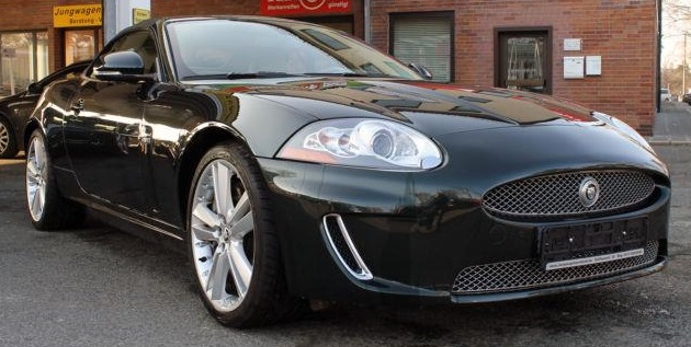 JAGUAR XKR (08/2011) - BOTANICAL GREEN METALLIC - lieu: