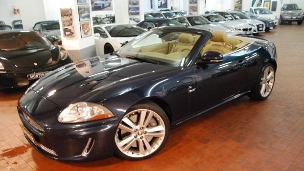 lhd JAGUAR XKR (11/2010) - BLUE METALLIC - lieu: