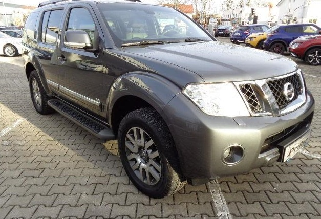 lhd NISSAN PATHFINDER (05/2011) - GREY METALLIC - lieu: