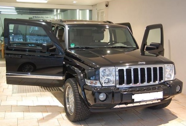 JEEP COMMANDER 3.0 CRD LIMITED 4X4 7 SEATS