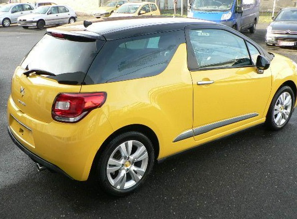 citroen ds3 08 2013 yellow with black roof lieu. Black Bedroom Furniture Sets. Home Design Ideas