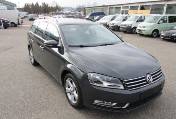 VOLKSWAGEN PASSAT 1.6 TDI ESTATE BLUE MOTION
