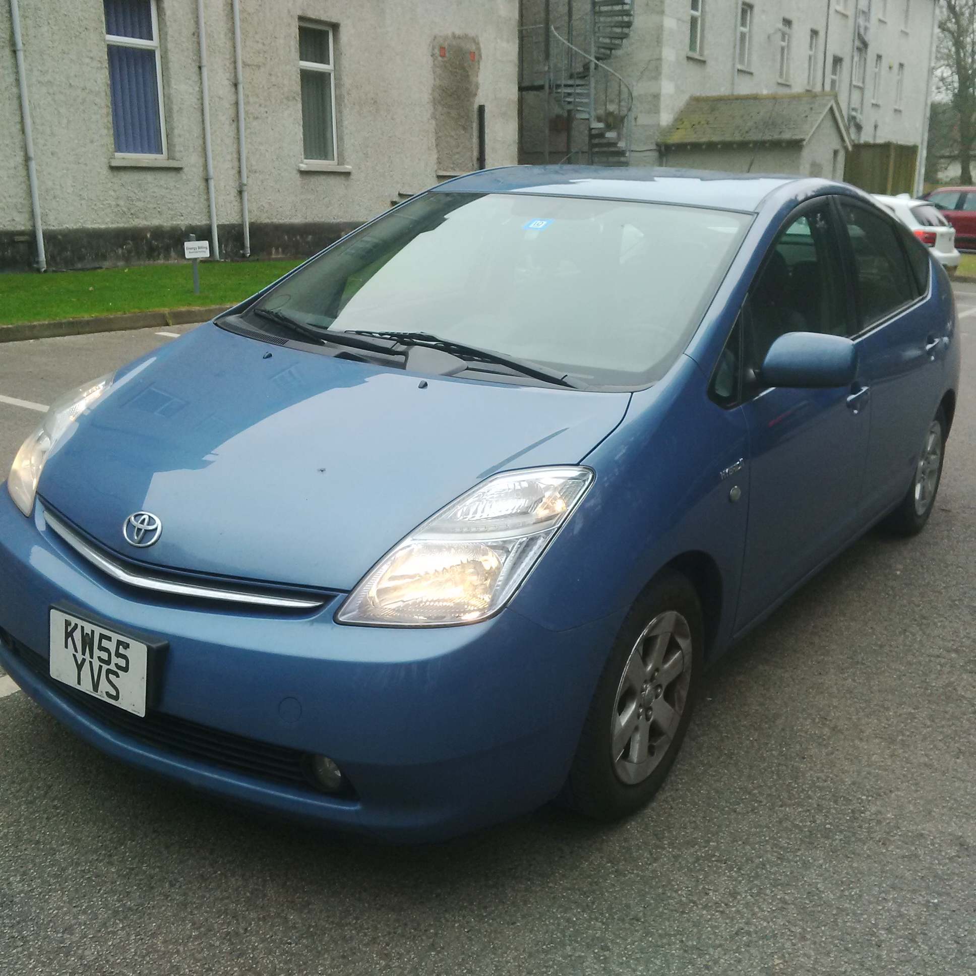 Left hand drive TOYOTA PRIUS 1.5 CVT HYBRID ELECTRIC UK PLATES