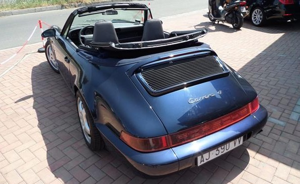 PORSCHE 911 964 (03/1992) - BLUE METALLIC - lieu: