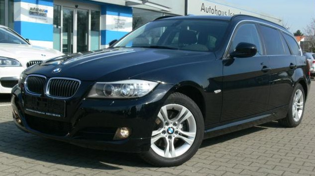 lhd BMW 3 SERIES (08/2011) - BLACK METALLIC - lieu: