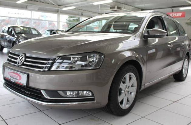 lhd VOLKSWAGEN PASSAT (11/2011) - LIGHT BROWN METALLIC - lieu: