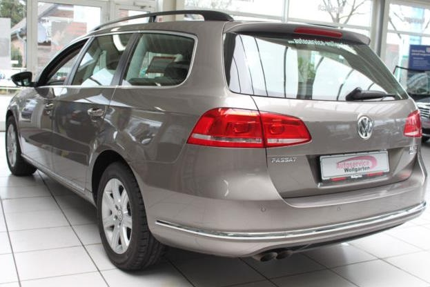 VOLKSWAGEN PASSAT (11/2011) - LIGHT BROWN METALLIC - lieu: