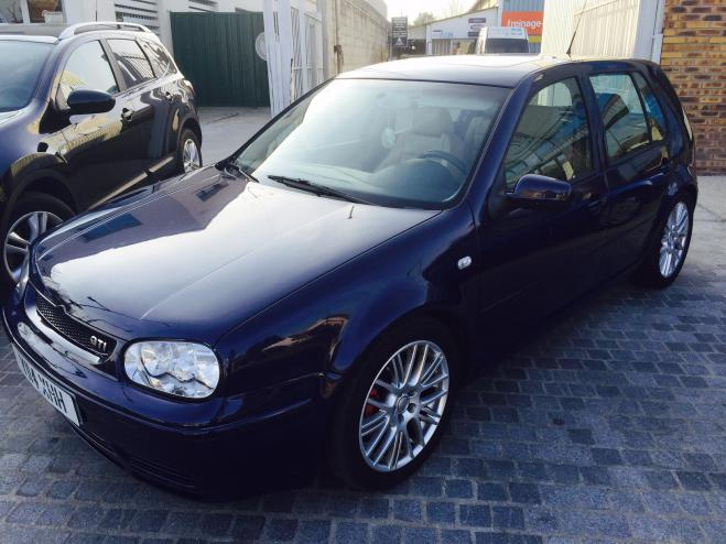 VOLKSWAGEN GOLF GTI UK REGISTERED