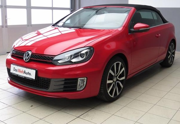 lhd VOLKSWAGEN GOLF (02/2013) - RED - lieu:
