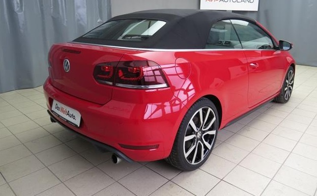 VOLKSWAGEN GOLF (02/2013) - RED - lieu: