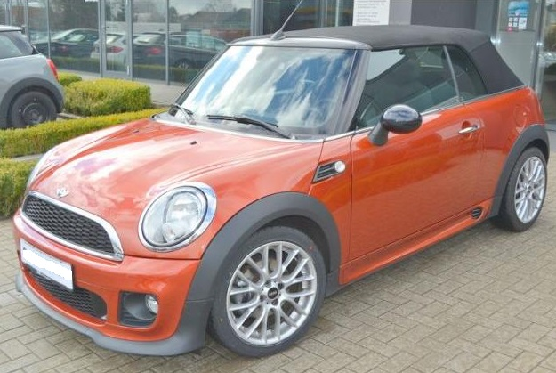 lhd MINI COOPER (01/2013) - BURNT ORANGE METALLIC - lieu: