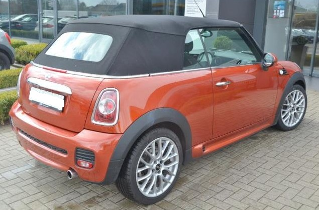 MINI COOPER (01/2013) - BURNT ORANGE METALLIC - lieu: