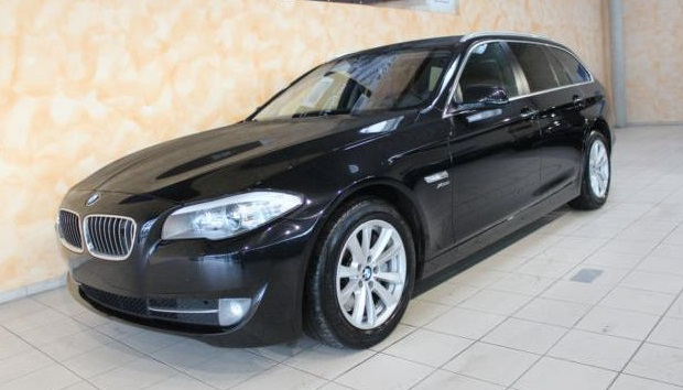 lhd BMW 5 SERIES (12/2011) - BLACK - lieu: